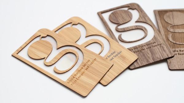 Carte de visite en bois